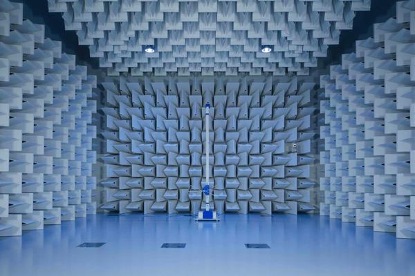 大阪計測センター10m法電波暗室